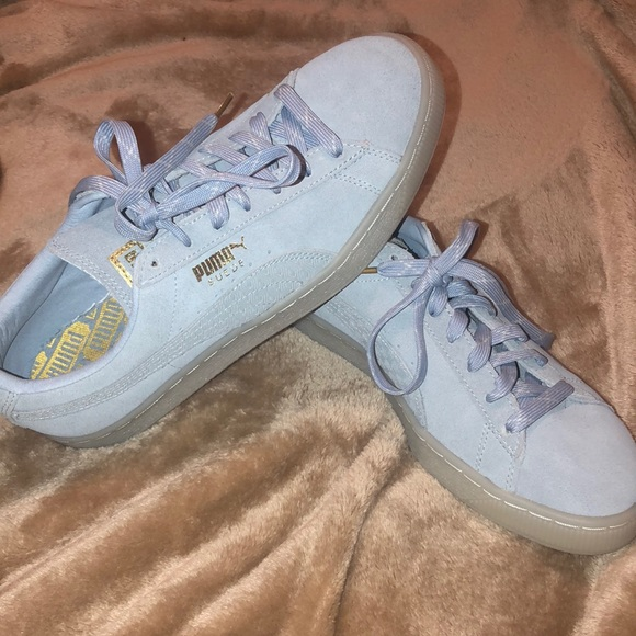 Light blue puma suede sneakers
